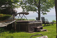 Grand bend Lake Front with a hot tub