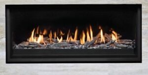 BRAND NEW GAS FIREPLACE FOR SALE !!