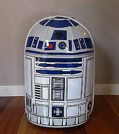 STAR WARS R2D2 kids carry on suitcase with lights and sounds