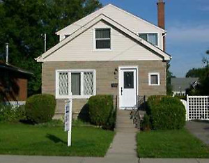 Mohawk Student Home To Rent - NO BASEMENT ROOMS & Close To Campu
