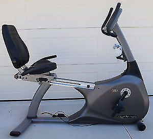 Bicyclette stationnaire position assise. Vision Fitness R2200