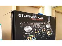 Traktor s4 dj turntable