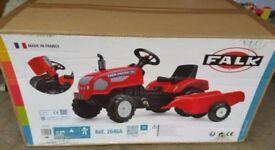 FARM MASTER TRACTOR AND TRAILER PEDAL RIDE ON AGE 3 TO 4 YRS 140CM XL X52CMH X45CM W NEWI BOX
