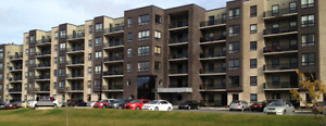 LARRY UTECK BLVD Luxor 2 bedroom + den unit - Available May 1st!