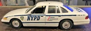 NYPD 1/24 Scale Model Ford Crown Victoria