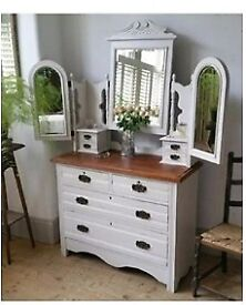 Beautiful Distressed Shabby Chic Dressing table.