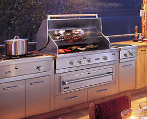 """VIKING 42"""" STAINLESS STEEL ULTRA-PREMIUM NATURAL GAS GRILL"""