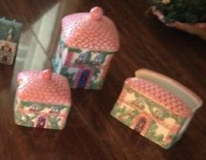 AVON 1997 Collection Spices and Sugar, Napkin, Canister