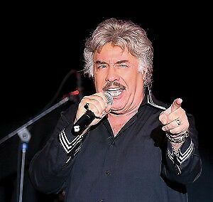 2 or 4 Tickets to see Tony Orlando - Fallsview - Sat. July 28