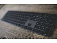 Apple Magic Keyboard with Numeric Keypad, British English, Space Grey