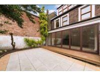 STUNNING 3 BEDROOM 2 BATHROOM HOUSE WITH GARDEN KENSINGTON OLYMPIA EARL'S COURT HOLLAND PARK