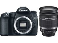Canon 70D with EF 18-200mm lens Mint condition !!!