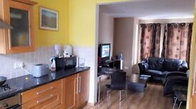 Central Bangor 2 Bedroomed Flat Furnished/Unfurnished Still Available 1st March