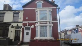 Furnished Double room, £290pcm inc all bills ,close to city center