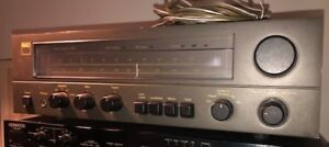 NAD 7020  / stereo receiver
