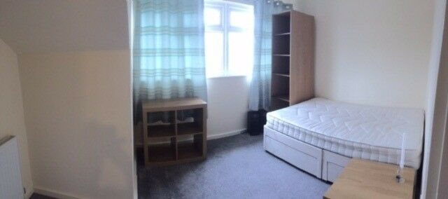 Double room near East Croydon ,West Croydon