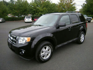 ----- 2009 Ford Escape Black on Black -----