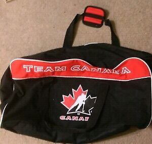 Small Team Canada Hockey Bag