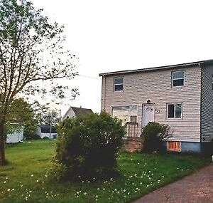 423 Palmer St, Summerside, PEI OPEN HOUSE THIS SAT JUNE 17