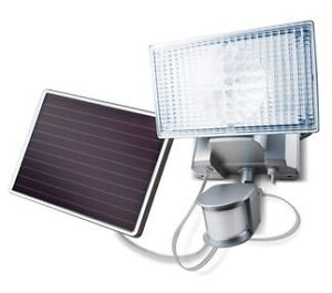 Maxsa 100 LED Motion Activated Security Floodlight Weatherproof Solar Powered