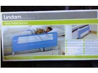 Kids bed rail