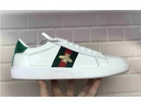 White leather Gucci Bee sneakers