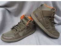2 pairs of nike sb