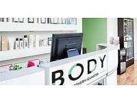Full-Time Beauty Salon Receptionist Required - IN TOP SALON