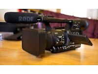 Panasonic AG-HMC 151E professional camera plus BEYERDYNAMIC MCE 72 & accessories, case.