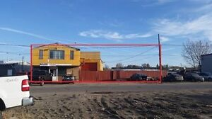 1175 South Railway Avenue - Shop & Compound in a great location!