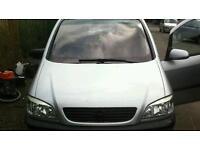 Vauxhall zafara 2002
