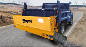 Meyers Cross Conveyer Dump Truck Spreaded