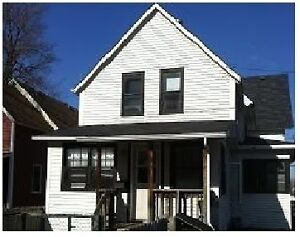 2 BEDROOM, Downtown Area, Gloucester St. N., Available May 1