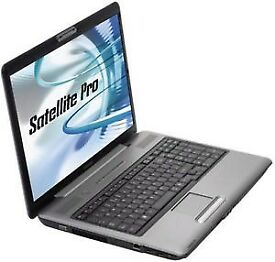 "Toshiba SATELITE C2D - 250GB HDD 4GB RAM Windows 7 Pro 17"" Laptop"