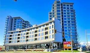 Central Location bright apt for rent, shopping restaurant downst