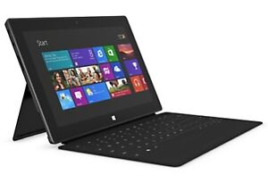 Microsoft Surface RT With Detachable Keyboard and Leather Case