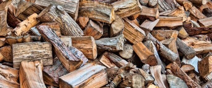 Firewood Logs (Morpeth Logsin Morpeth, NorthumberlandGumtree - Firewood Logs for sale. We cover a 20 mile radius from NE61 and can supply quality, naturally aged firewood logs all year round. All timber is locally sourced and dried in crates (not dump bags which encourages the logs to go mouldy). Logs are better...