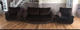 Three seater plus 2x 1 seaters excellent condition smoke free pet free home