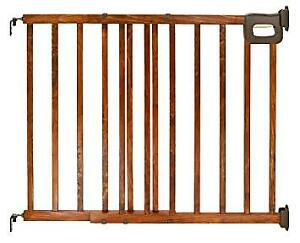 Extendable Wooden Baby Gate
