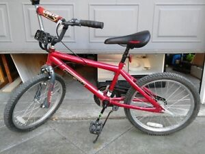 20 in bike for kid, like new must see