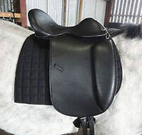 Treeless leather dressage saddle NEW....obo