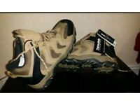 NEW Thinsulate F&F Walking Hiking Boots Size 9
