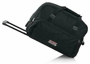 sell a pair of gator rolling speaker bag 712 lg model
