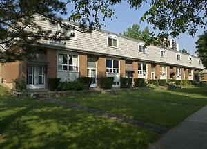 2 Bedroom Townhouse for Rent in Burlington! Trendy Aldershot!