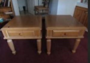 2 matching pine end tables in very good shape