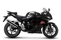 New 2012 Hyosung GT250R Black or Red ALL-IN PRICE  $3695 + hst.