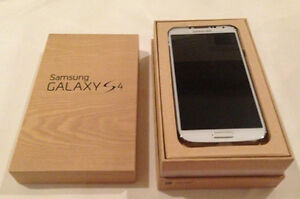 SAMSUNG GALAXY S4 --FIDO--COMES WITH ORG BOX AND CHARGER