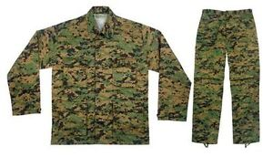 Boys (Small) USMC Marpat army uniform Belleville Belleville Area image 1