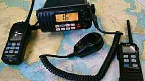 Want old uhf vhf hf radio dead or alive or parts etc Perth Perth City Area Preview
