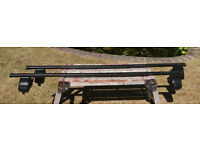 Thule roof bars - complete